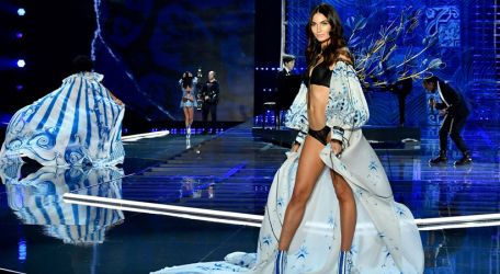 Mira todos los looks del Victoria's Secret Fashion Show 2017